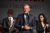 Święto Wolności i Solidarności. Wiec na Długim Targu w Gdańsku i mocne przemówienie Donalda Tuska