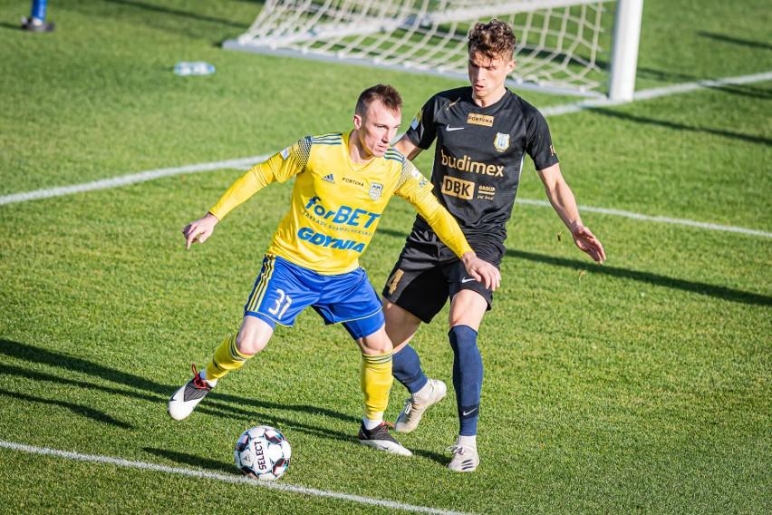 Bartosz Boniecki zadebiutował w Olsztynie w barwach Arki Gdynia. Podobnie jednak, jak jego koledzy z drużyny, nie będzie tego występu dobrze wspominał.