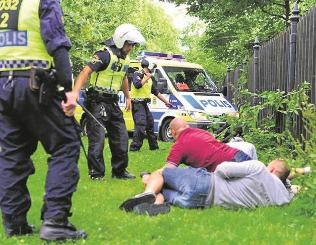 Szwedzka policja zatrzymuje w Göteborgu polskich pseudokibiców