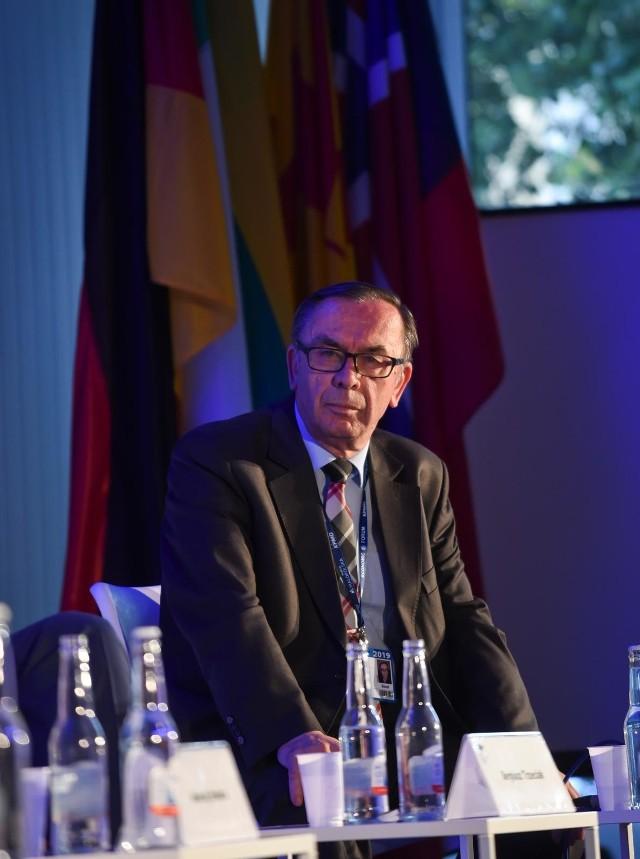 Jak będzie wyglądać 2021 rok? Profesor Kazimierz Kik: Prawo i Sprawiedliwość może przegrać tylko samo ze sobą