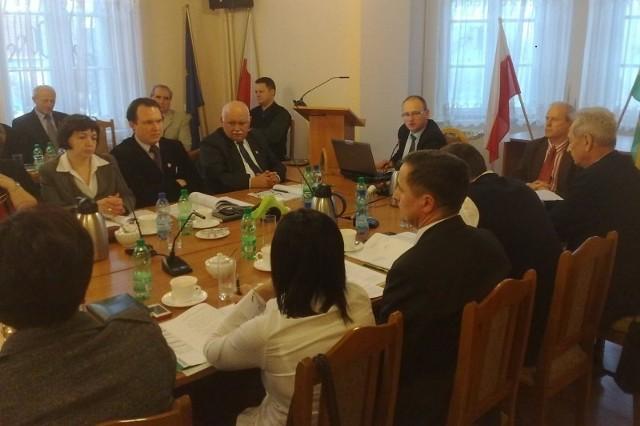 Sesja Rady Miejskiej w Niemodlinie.
