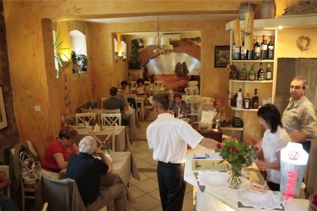 Od piątku, 28 maja zielone światło zostanie dane tzw. gastronomii wewnętrznej, czyli otworzą się restauracje przy obłożeniu 50 proc. lokalu