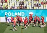 Reprezentacja Polski trenowała na stadionie w Gdańsku w otoczeniu 5 tysięcy szczęśliwych kibiców, którzy dostali wejściówki ZDJĘCIA