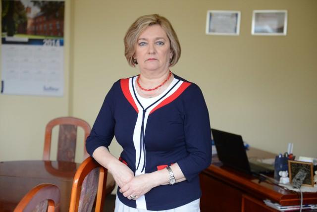Teresa Kruczkowska mówi, że w niemal każdym wielkopolskim szpitalu brakuje pielęgniarek