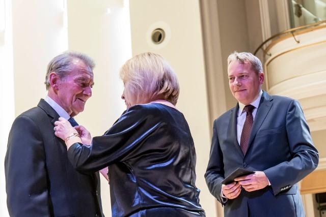 Ceremonia wręczania nagród Stanisławowi Wyciszczakowi i Grzegorzowi Rudnickiemu