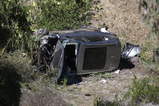 Znany golfista Tiger Woods został ranny w wypadku samochodowym w hrabstwie Los Angeles. Cały czas nieznana jest przyczyna zdarzenia