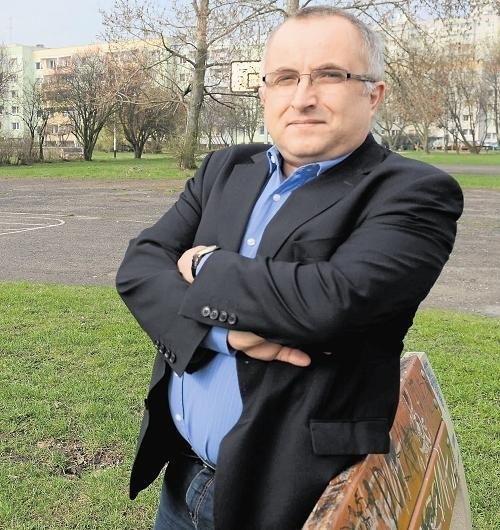 - Najpierw trzeba porozmawiać z mieszkańcami o przytulisku - uważa Marek Sternalski, szef klubu radnych Platformy