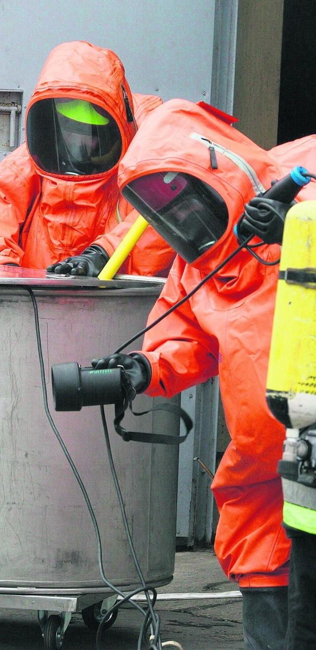Pojemniki z niebezpiecznymi substancjami kradną złomiarze. 6 lat temu taki pojemnik próbowano sprzedać w Świętochłowicach