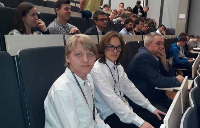 Uczeń ZS nr 2 w drugim etapie projektu edukacyjnego Politechniki Warszawskiej