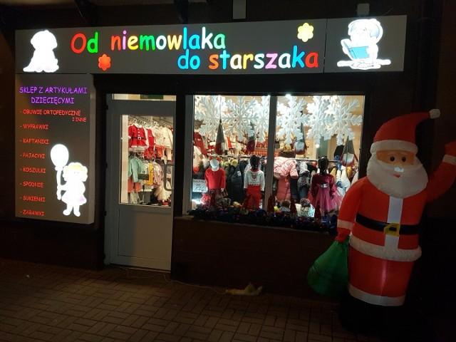 """Sklep """"Od Niemowlaka do Starszaka"""" w Jędrzejowie Sklepem Roku w powiecie jędrzejowskim."""