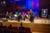 Filharmonia Łódzka: Pamięć wypowiadana muzyką i wyłącznie dobrymi myślami. Koncert pamięci Jana Targowskiego
