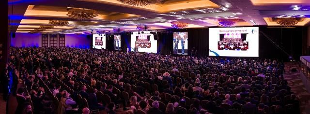 W dniach 6-9 listopada br. w Warszawie odbywa się międzynarodowa konferencja - BNI Global Convention, dotycząca rozwoju biznesu w oparciu o rekomendacje. Dopieropo raz drugi w historii wydarzenie organizowane jest poza Stanami Zjednoczonymi a po raz pierwszy w Europie.