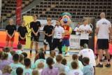W Łodzi. Adepci koszykówki ćwiczyli pod okiem Marcina Gortata ZDJĘCIA
