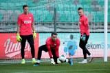 Wojciech Szczęsny kontra Łukasz Fabiański. Nowy selekcjoner strzelił sobie w kolano stawiając na bramkarza Juventusu?