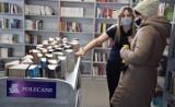 """Nowa biblioteka w Wąsewie jest """"zimna""""? Tak uważa jedna z naszych czytelniczek. Biblioteka działa od 14 lutego"""