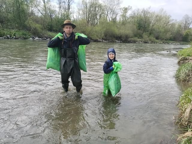 Bitwa nad rzeką - Patrioci walczą z zaśmiecaniem rzek