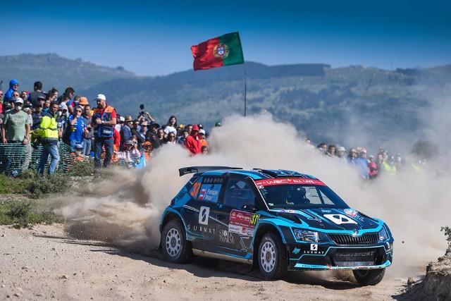 Łukasz Pieniążek w Portugalii zajął drugie miejsce w WRC 2. Na Sardynii będzie się ścigał m.in. z Kajetanem Kajetanowiczem