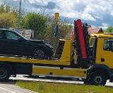 Dziadkowice. Nowy nieoznakowany radiowóz policji marki BMW 330I GT rozbity