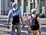Dodatkowe 200 złotych dla seniorów. Nowy dodatek do emerytury. Kto najbardziej skorzysta na ekstra emeryturze?