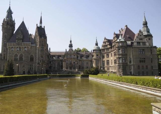 Neobarokowy pałac w Mosznej