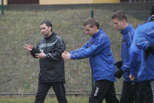 Tomasz Kafarski (pierwszy z lewej) dobrze zna większość zawodników obecnej kadry zespołu.