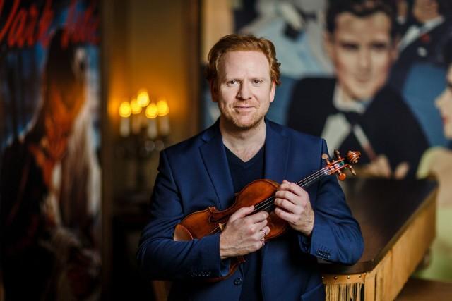"""Solistą koncertu """"Kontynuacja"""" będzie wybitny skrzypek brytyjski Daniel Hope"""