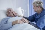 Udar mózgu - przyczyny, objawy i rodzaje udarów. Poznaj najskuteczniejsze metody leczenia i rehabilitacji