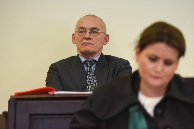 Najbogatszy Polak z okresu transformacji mówił, że prokurator Piotr Kosmaty z Krakowa, który wznowił śledztwo ws. losów Jarosława Ziętary, proponował mu układ