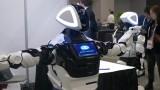 """Roboty odbierają pracę? Ludzie są zastępowani sztuczną inteligencją. """"Wdrożenie nowych technologii spowodowało zwolnienia w blisko 1/3 firm"""""""