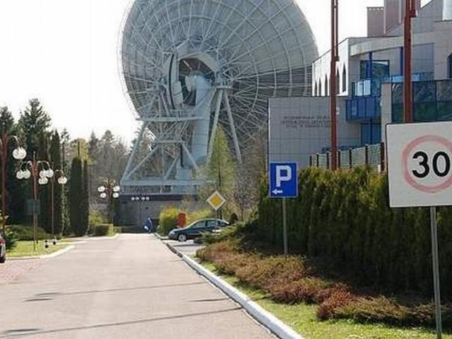 Wielka inwestycja Telekomunikacji Polskiej w powiecie kieleckim  W miejscu byłego Centrum Usług Satelitarnych powstanie w Psarach Zapasowe Centrum Przetwarzania Danych TP.