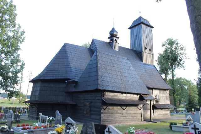 Kościół drewniany w Wędryni.