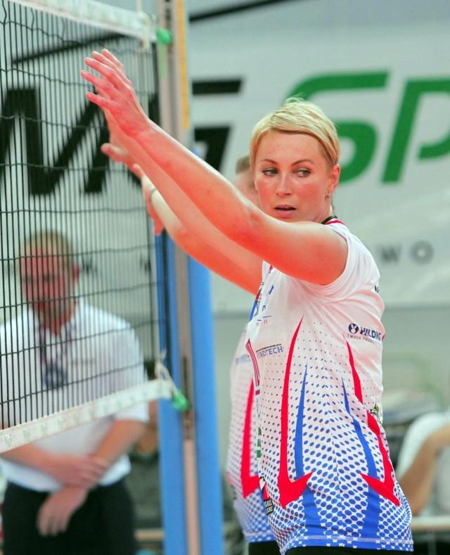Czy Beata Pawlicka będzie musiała w trakcie sezonu zmienić barwy klubowe?