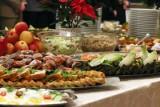 Przepisy na potrawy wigilijne - tradycyjne, ale dietetyczne. Zobacz, jak przygotować 12 świątecznych dań