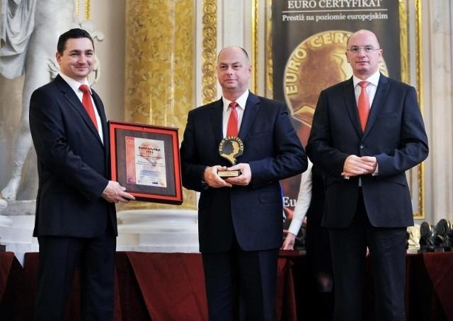 Wyróżnienie dla Koneckiego Stowarzyszenia Wspierania Przedsiębiorczości odebrał jego prezes Marek Mika.