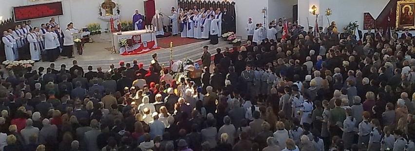 Kościół św. Maksymiliana w Białymstoku jest wypełniony po...
