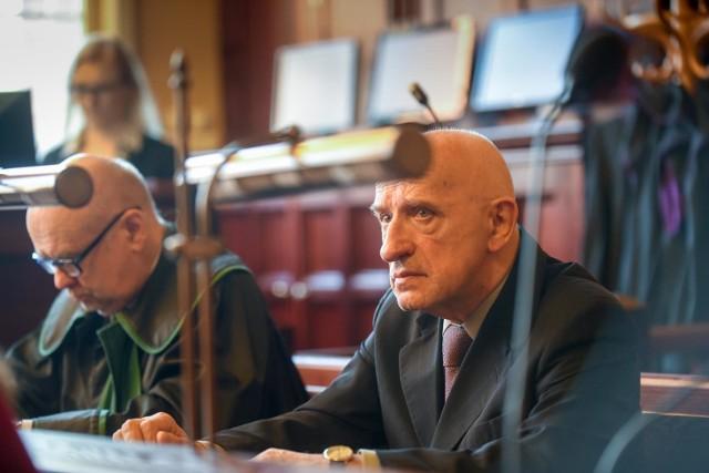 Prof. Jan Kopcewicz na procesie w toruńskim Sądzie Okręgowym