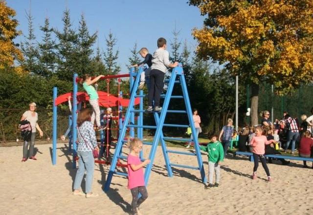 Za pieniądze z drugiej edycji budżetu obywatelskiego wybudowano plac zabaw przy Widnichowskiej