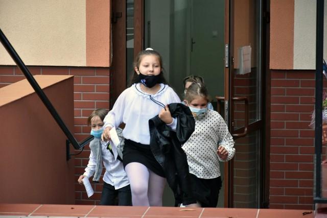 Raport: Dzieci cierpią przy rozwodach. Co trzecie rozstanie polskiej rodziny przebiega w nerwowej atmosferze