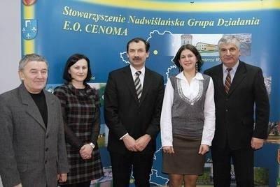 Członkowie Rady Decyzyjnej E.O. CENOMA postanowili przyznać sołectwu Gruszów prawie 200 tys. zł Fot. Arkadiusz Fularski