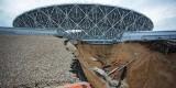 Stadion mistrzostw świata poważnie uszkodzony. Ulewne deszcze spowodowały osunięcia ziemi