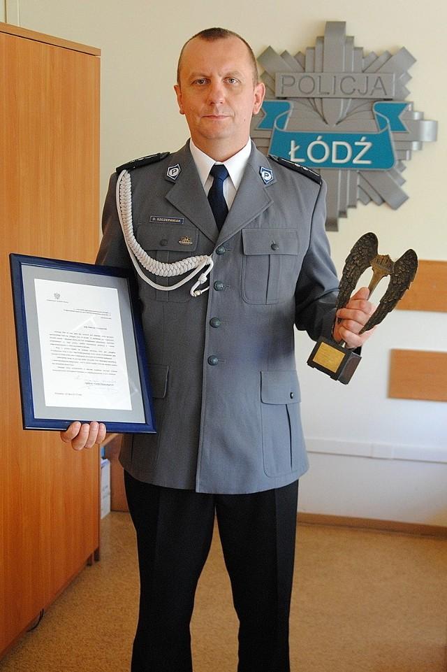 Aby zagłosować na asp. Dariusza Szczepaniaka wyślij SMS o treści POLICJANT.22 na numer 7155 (koszt 1.23 zł z VAT)
