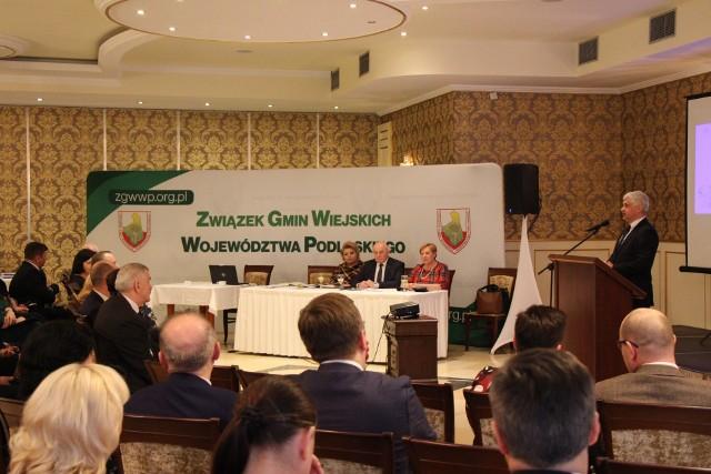 Przedstawiciele gmin wiejskich omawiali ważne sprawy podczas 24. Zgromadzenia Związku Gmin Wiejskich Województwa Podlaskiego