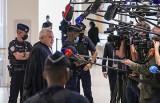 """Nicolas Sarkozy nie trafi za kraty. Dlaczego? Zgodnie z """"tradycją"""" we Francji nie posyła się polityków do więzienia"""