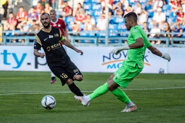 To zdjęcie ma historyczny wymiar, bo to ostatni występ Mateusza Lisa w barwach Wisły Kraków w meczu z Zagłębiem Lubin
