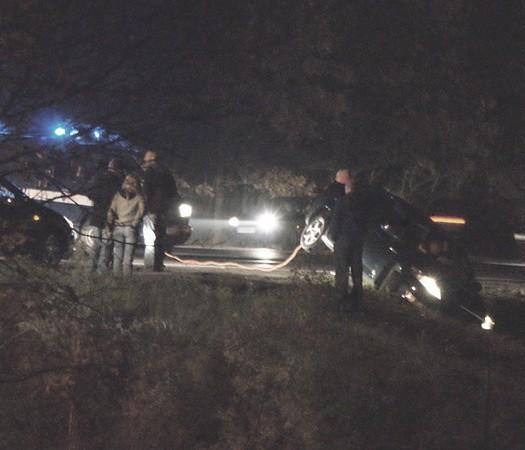 Zielonogórscy policjanci ścigający busa wypadli z drogi na zakręcie, ale kierowcę dopadli. Wydarzenia rozegrały się około 18.30. Według relacji Czytelnika trwały ok. 40 min.
