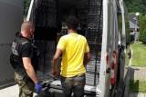 Siedmiu nielegalnych imigrantów z Somalii Straż Graniczna zatrzymała w Bieszczadach. Wpadło też dwóch kurierów [ZDJĘCIA]