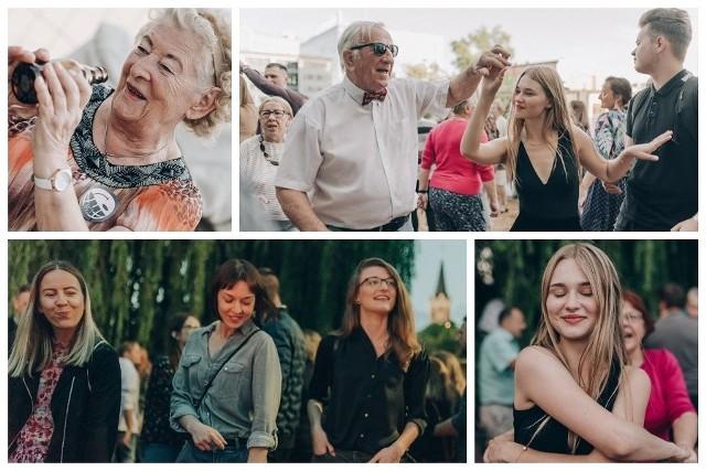 12 lipca przed Starą Elektrownią spotkało się wiele osób w różnym wieku