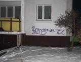 Malował graffiti na ścianach na osiedlu Ślichowice w Kielcach. Zatrzymała go policja