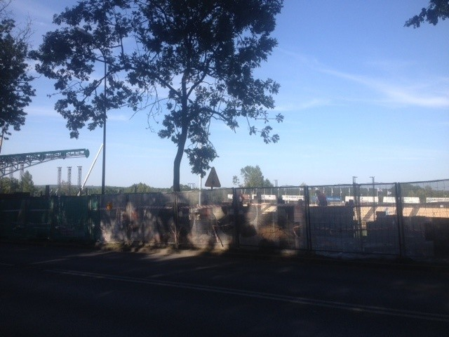 Linkin Park w Rybniku: Wokół stadionu brakuje fragmentu muru. A koncert we wtorek
