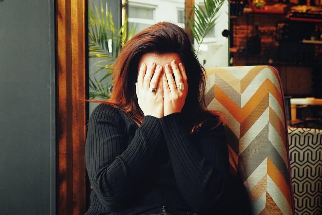 Pandemia koronawirusa sprawiła, że coraz więcej osób potrzebuje pomocy psychologicznej i psychiatrycznej.
